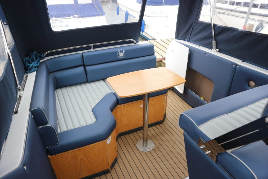 Viking 255 Wide Beam For Sale Image 20