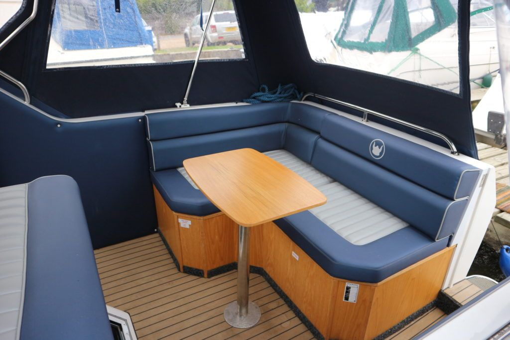 Viking 255 Wide Beam For Sale Image 22