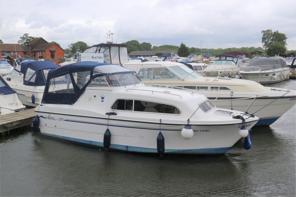 Viking 255 Wide Beam For Sale Image 26