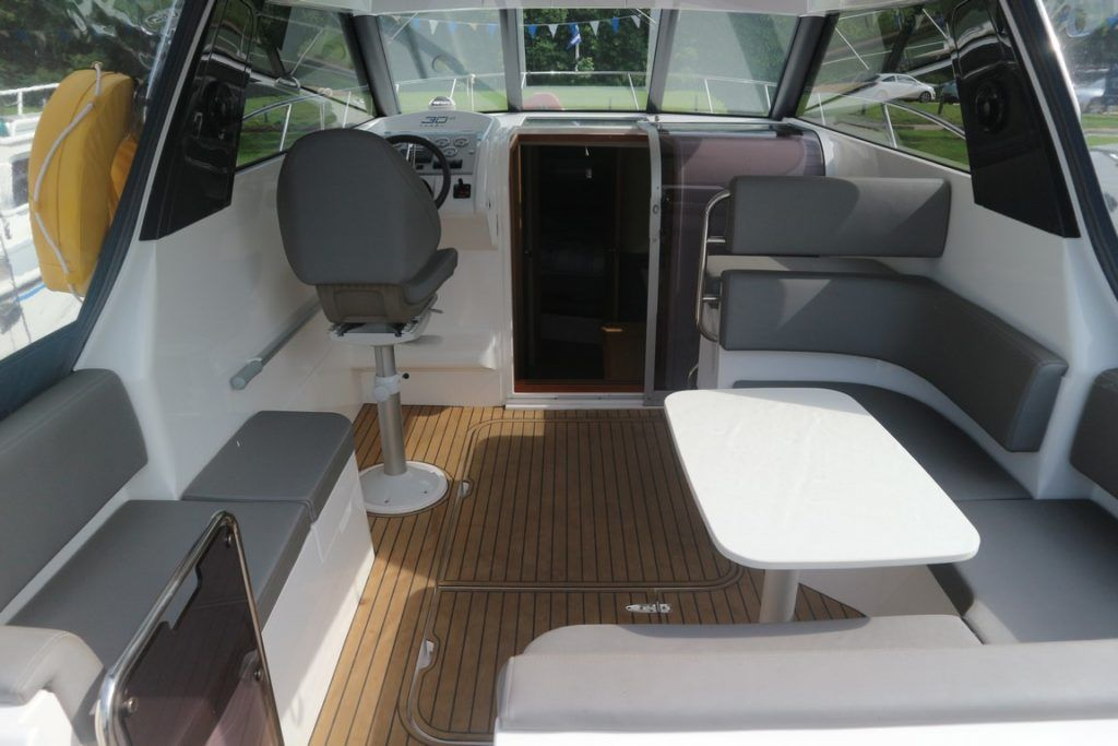 Broom 30 Coupe HT For Sale Image 2