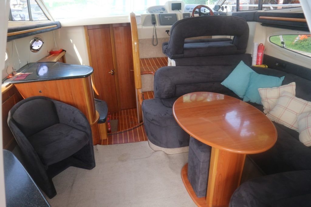 Sealine F37 For Sale Image 4