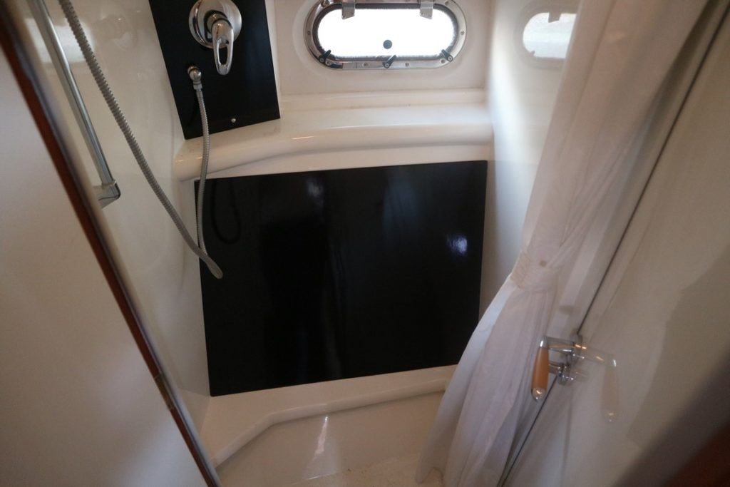 Sealine F37 For Sale Image 12