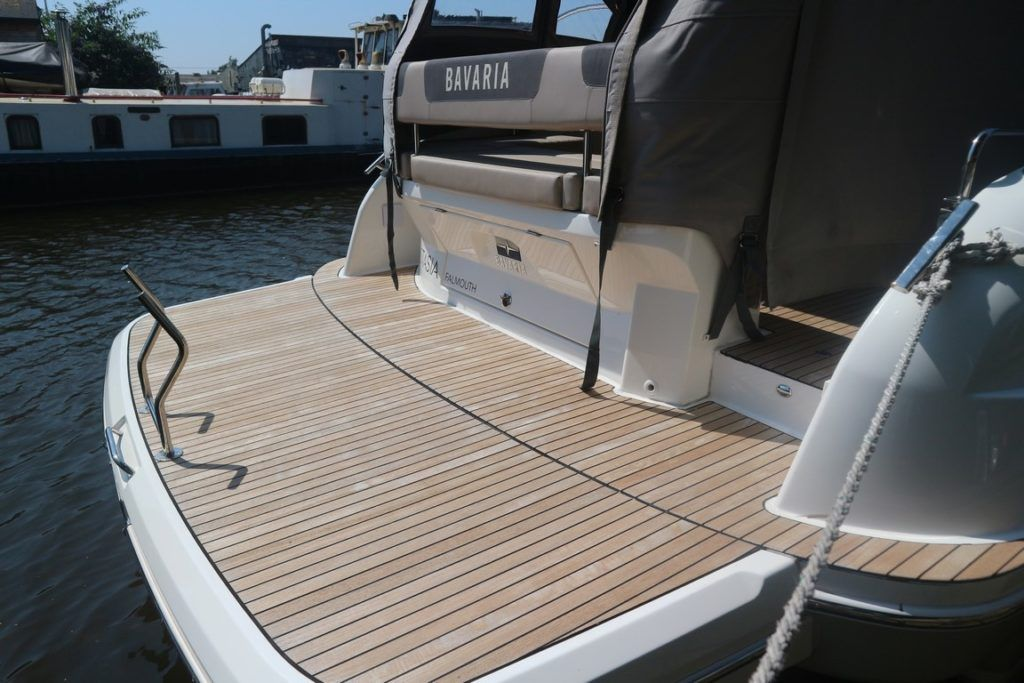 Bavaria Sport 360 Coupe For Sale Image 22