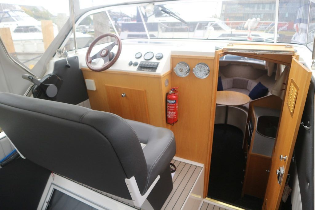 Viking 24 For Sale Image 4