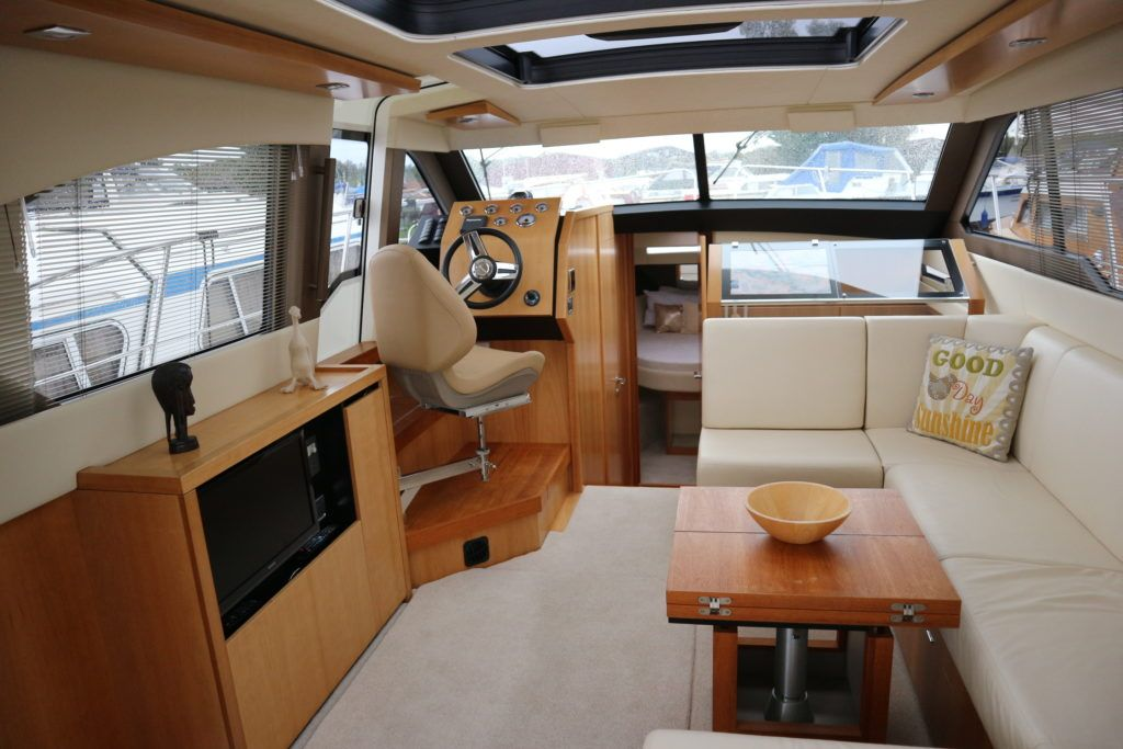 Broom 35 Coupe For Sale Image 3