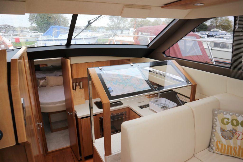 Broom 35 Coupe For Sale Image 17