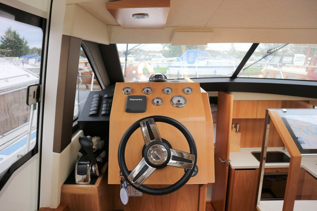 Broom 35 Coupe For Sale Image 20