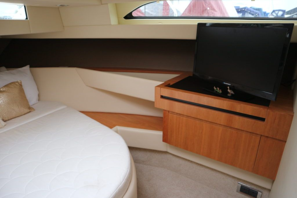 Broom 35 Coupe For Sale Image 8