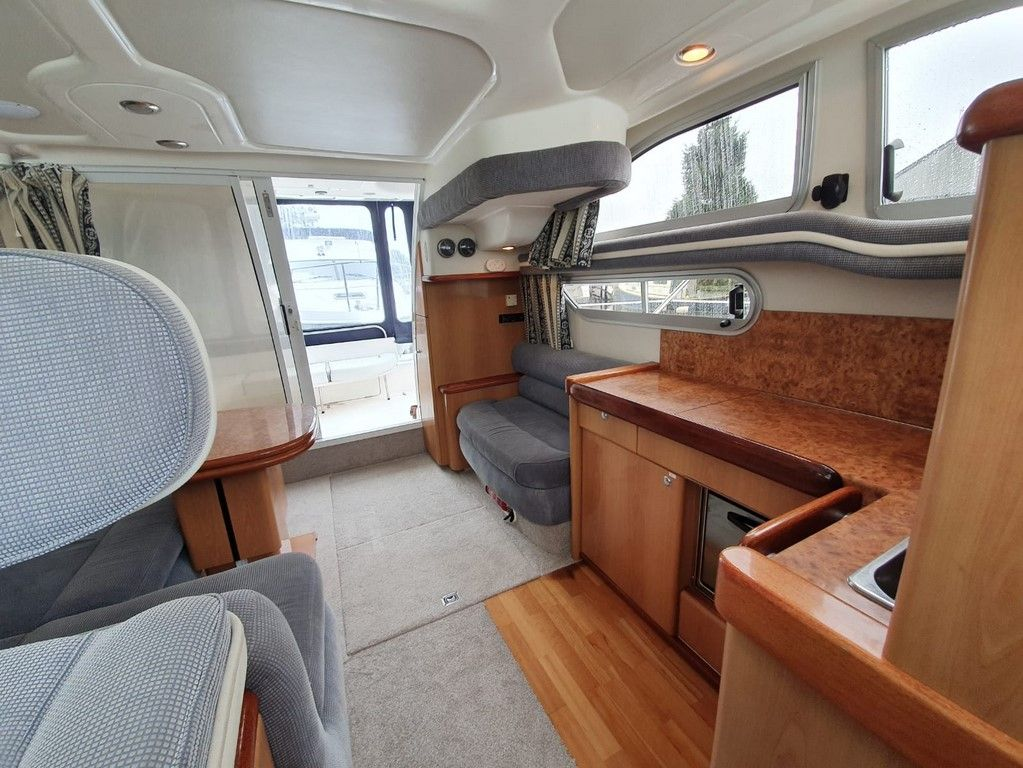 Sealine F33 For Sale Image 11