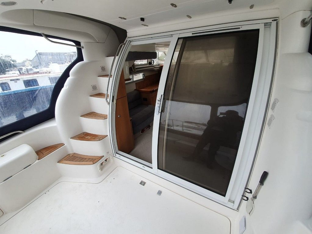 Sealine F33 For Sale Image 12