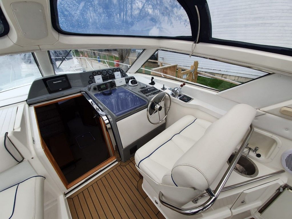Sealine 365 For Sale Image 15