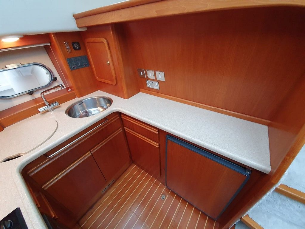 Broom 41 For Sale Image 16